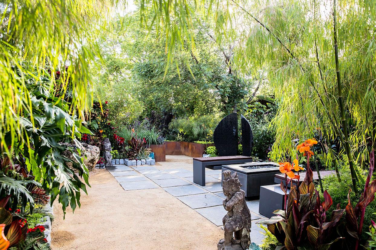 14.SIMPHOME.COMideas for a tropical garden sunset magazine