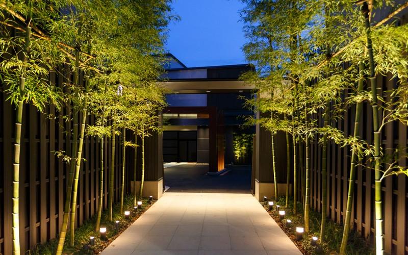 6.SIMPHOME.COM Bamboo Pathway
