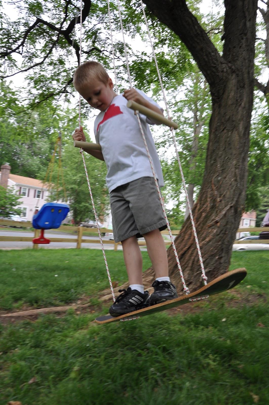 9.SIMPHOME.COM A Skateboard Swing Project idea