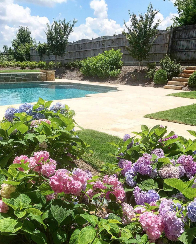 Simphome.com backyard landscaping ideas in 2020