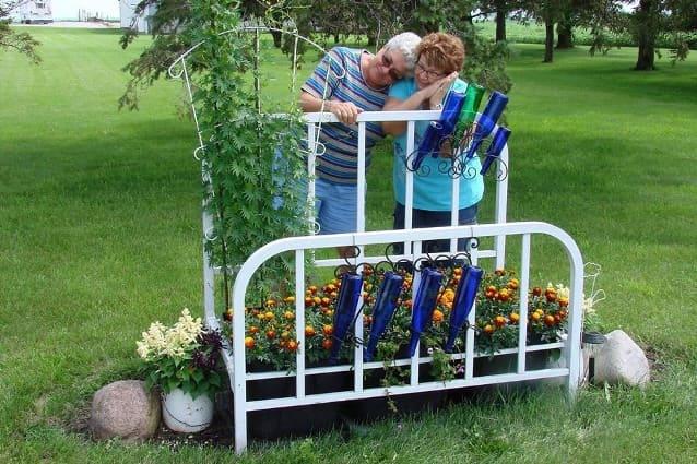 2.Simphome.com Repurposing a Bed Frame