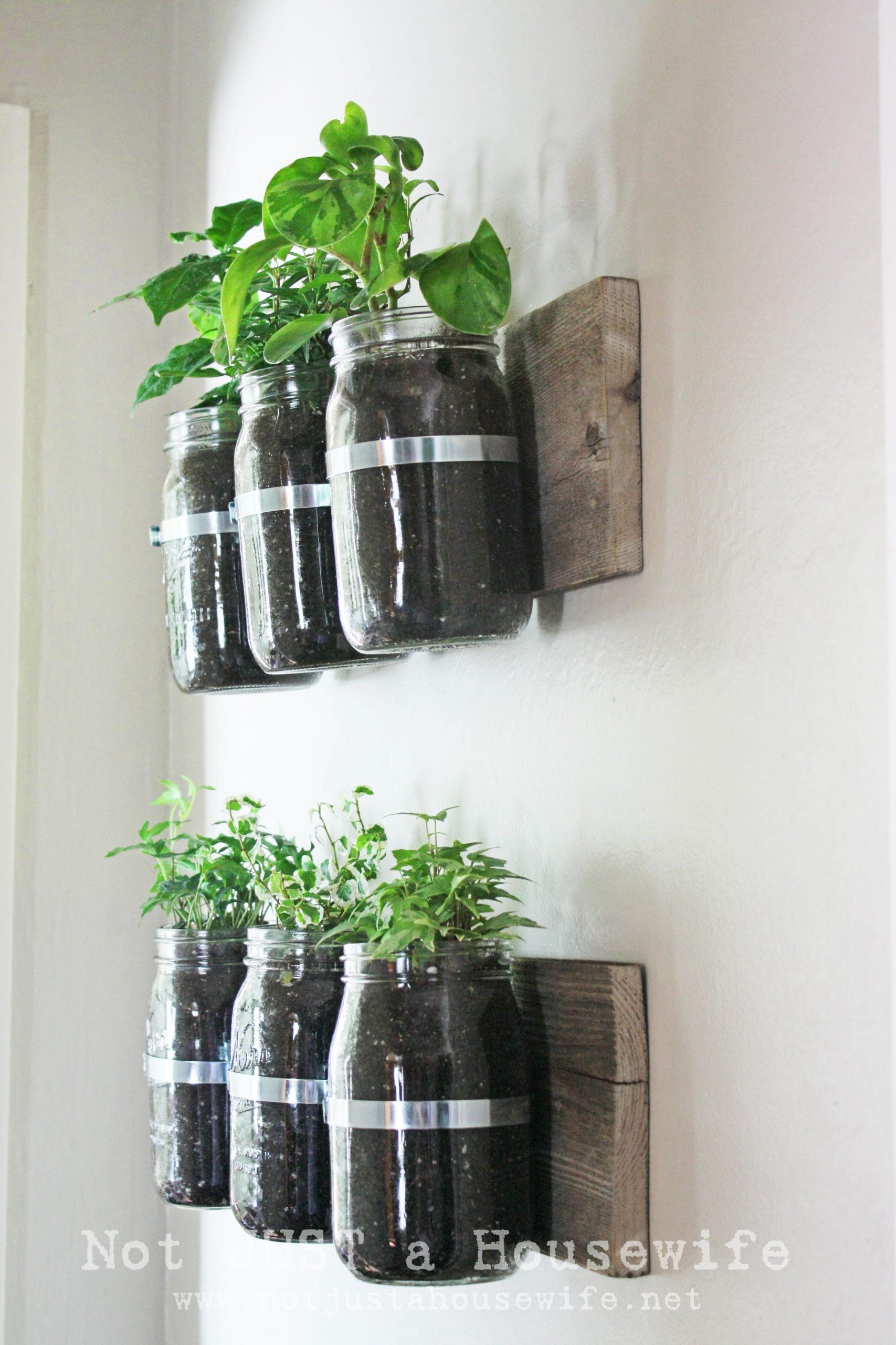 2.Simphome.com Rustic Herb Garden
