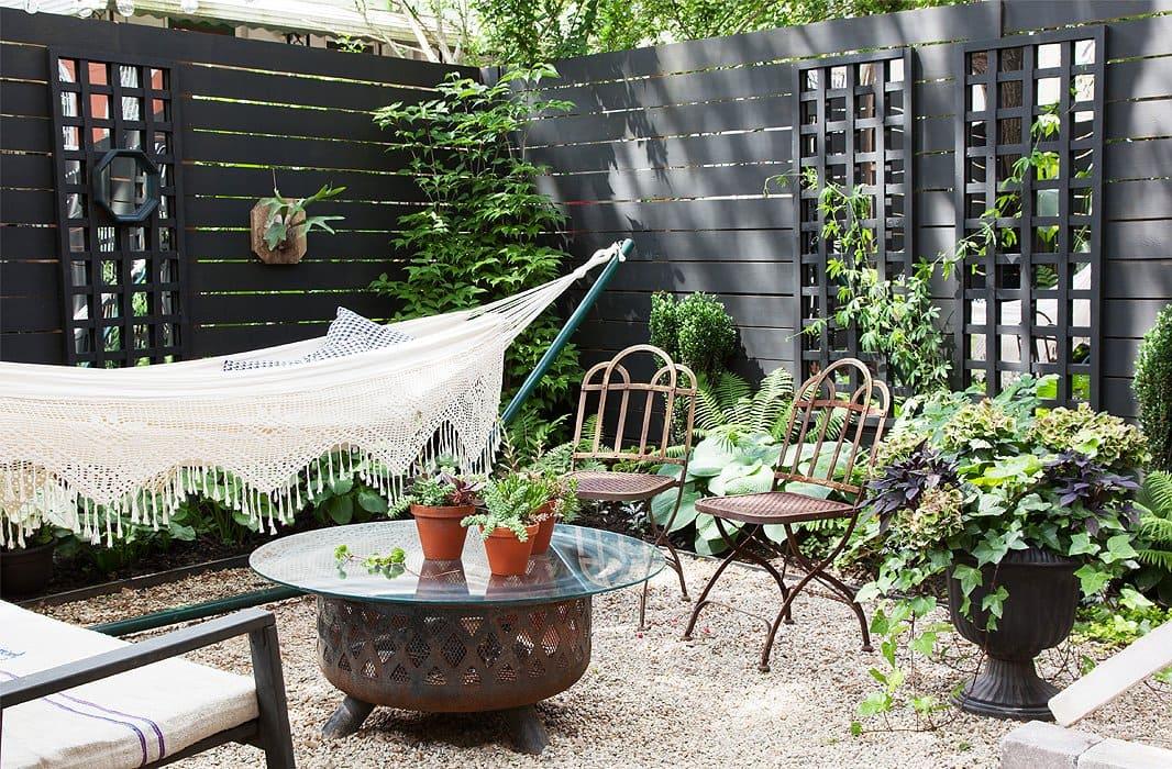 5.Simphome.com Elegant Backyard Fencing Project idea