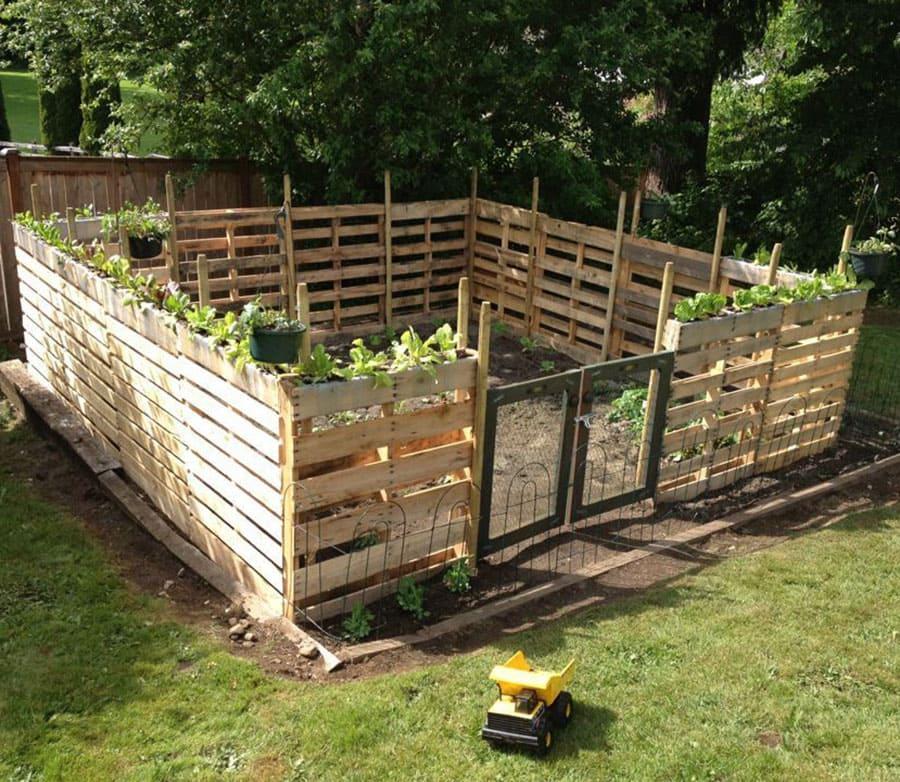 Simphome.com Pallet garden fence ideas