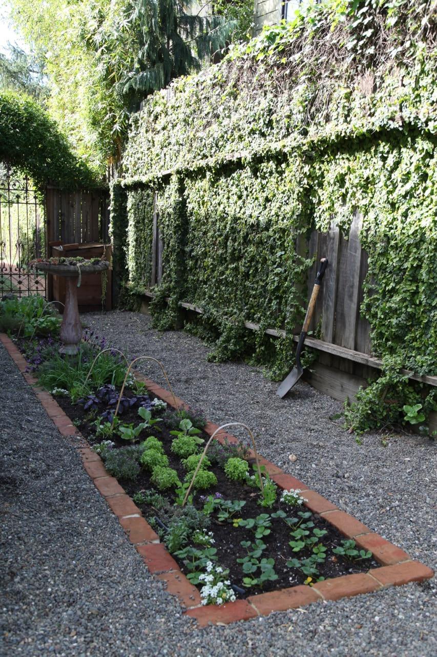 Simphome.com hardscaping 101 edible gardens gardenista in 10 edible garden ideas awesome as well as interesting