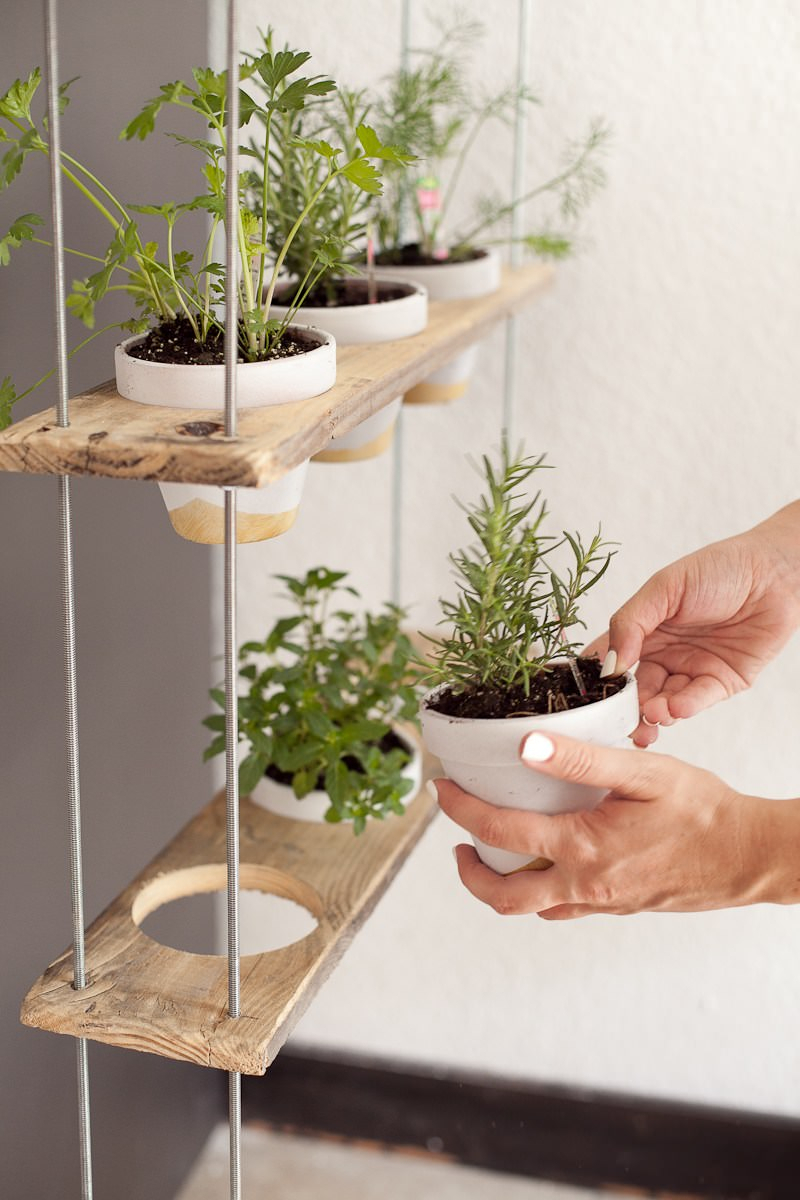 Simphome.com indoor kitchen garden ideas and brilliant diy indoor herb garden