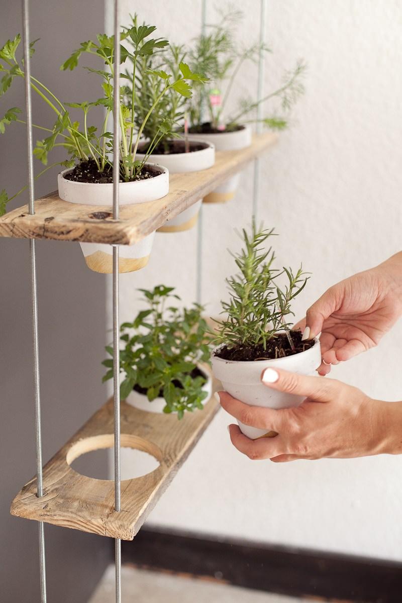 Simphome.com indoor kitchen garden ideas and brilliant diy indoor herb garden