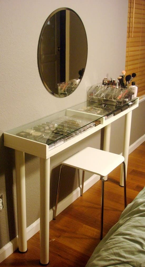 1.Simphome.com Transparent Table
