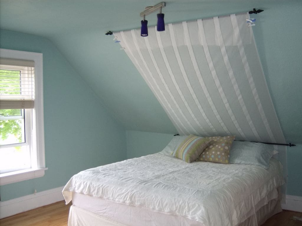 Simphome.com bedrooms with angled ceilings sloped ceiling bedroom sloped ideas