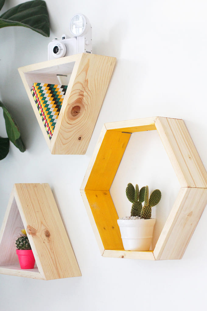 5.Simphome.com Hexagonal Shelves