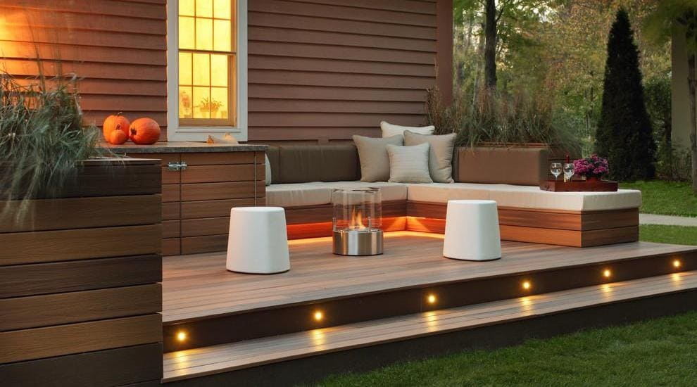 7.Simphome.com Contemporary Deck Ideas