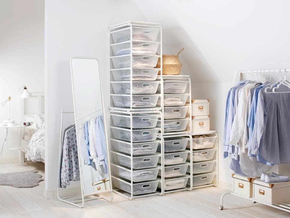 1.Simphome.com Keep Being Organized with Transparent Plastic