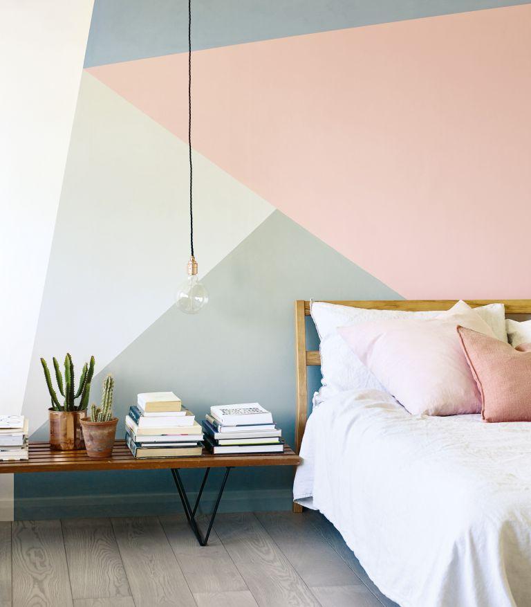 5.Simphome.com Geometric Shapes with Pastel Colors min