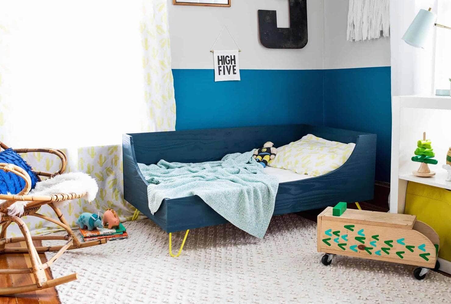 8.Simphome.com Modern Toddler Bedroom 1