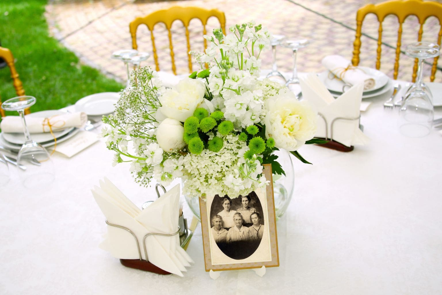 Simphome.com pin gathered again on family pinterest reunion centerpieces with centerpieces for family reunions table