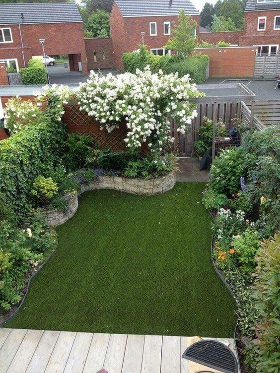 1.Simphome.com Low Maintenance Small Garden Design Idea