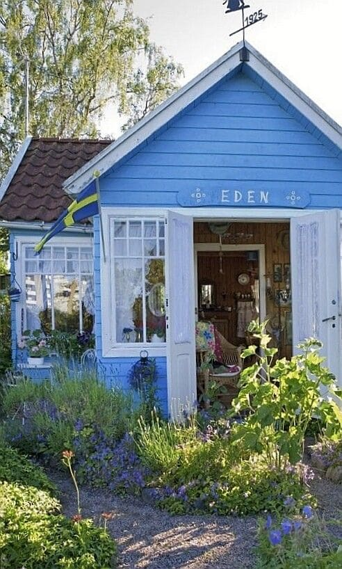 10.Simphome.com A Shed playhouse garden Project idea 2