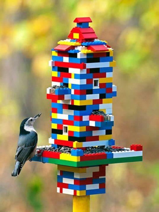 2.Simphome.com Lego Bird Feeder 1