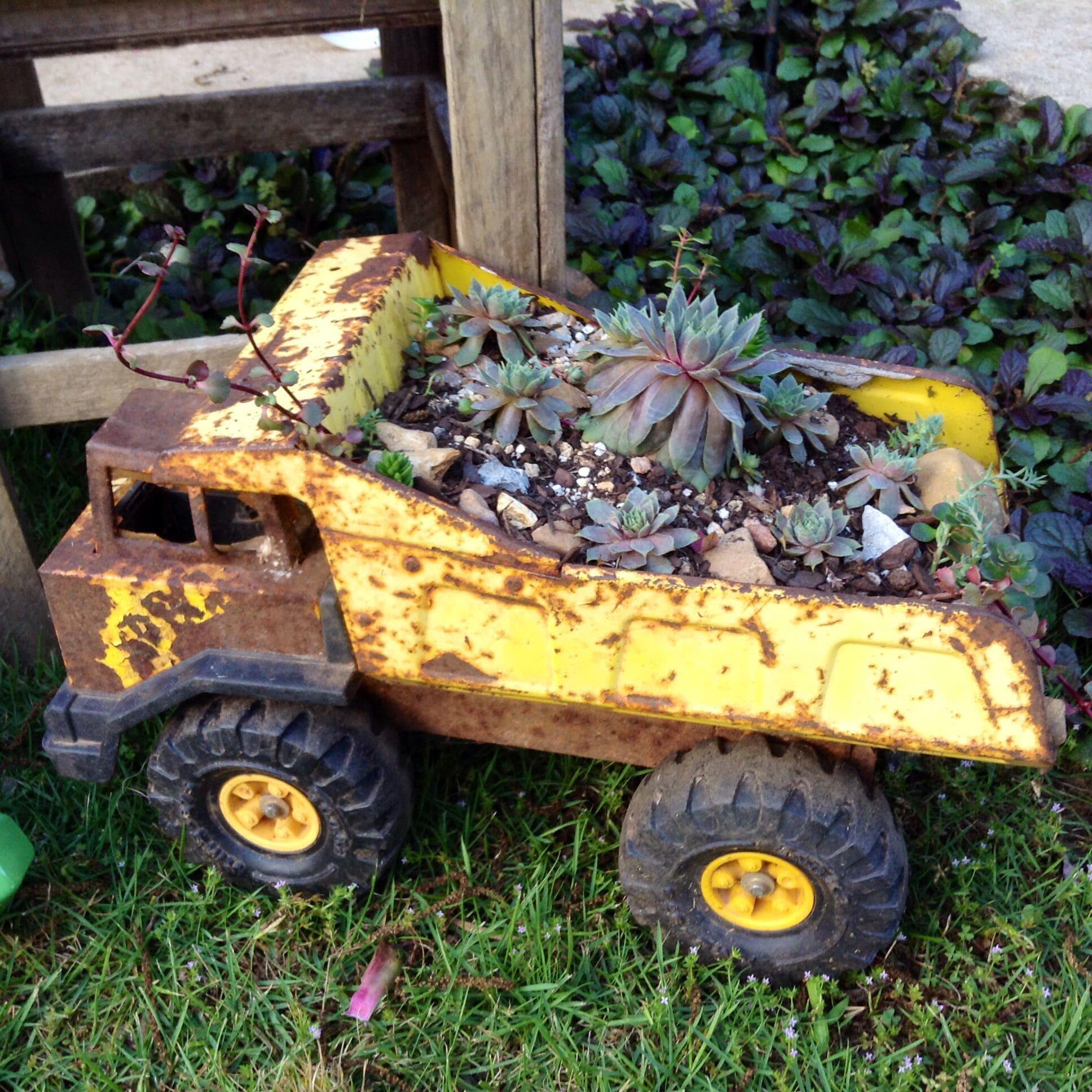 3.Simphome.com Rustic Toy Truck 4