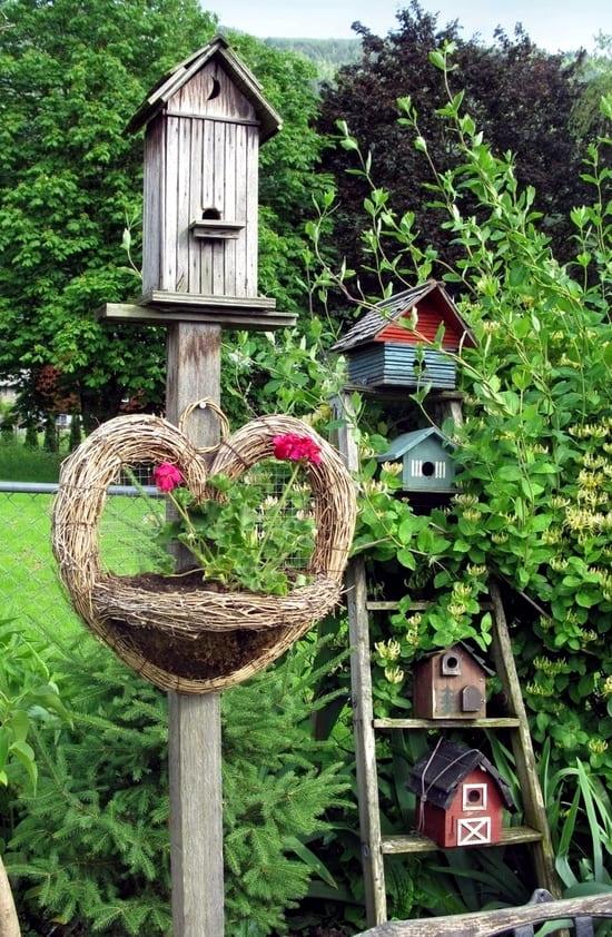 4.Simphome.com Build a Bird House 2