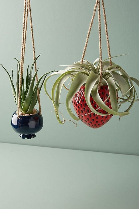 9.Simphome.com Hang Your Planters 2