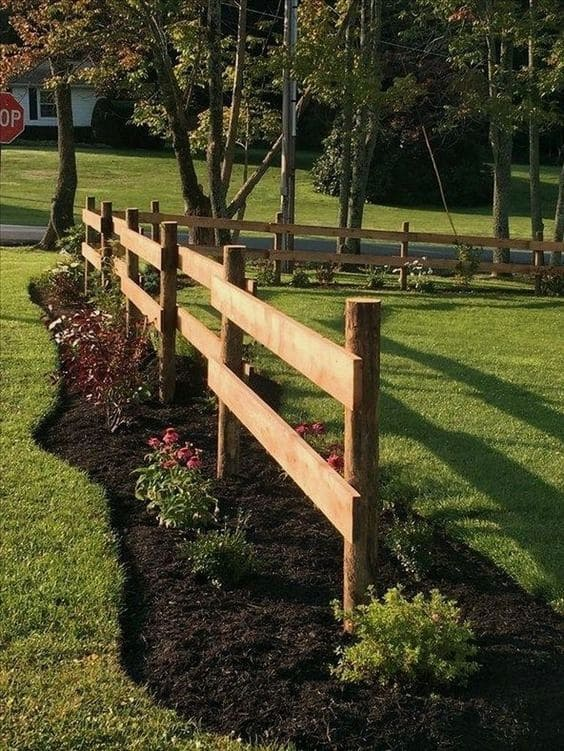 9.Simphome.com Split Rail Fencing with Mesh Combo
