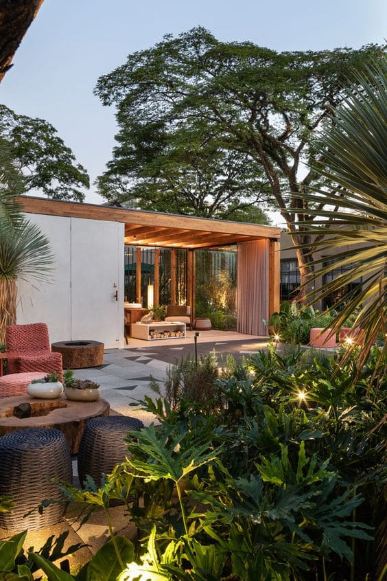 4.Simphome.com Consider Creating an Outdoor Living Area 2