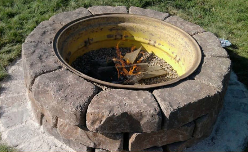 6.Tractor Wheel Fire Pit by Simphome.com