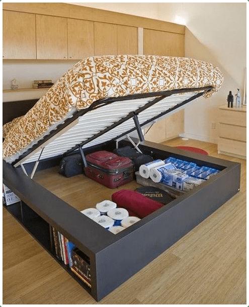 4.Pull up the Bed via Simphome.com