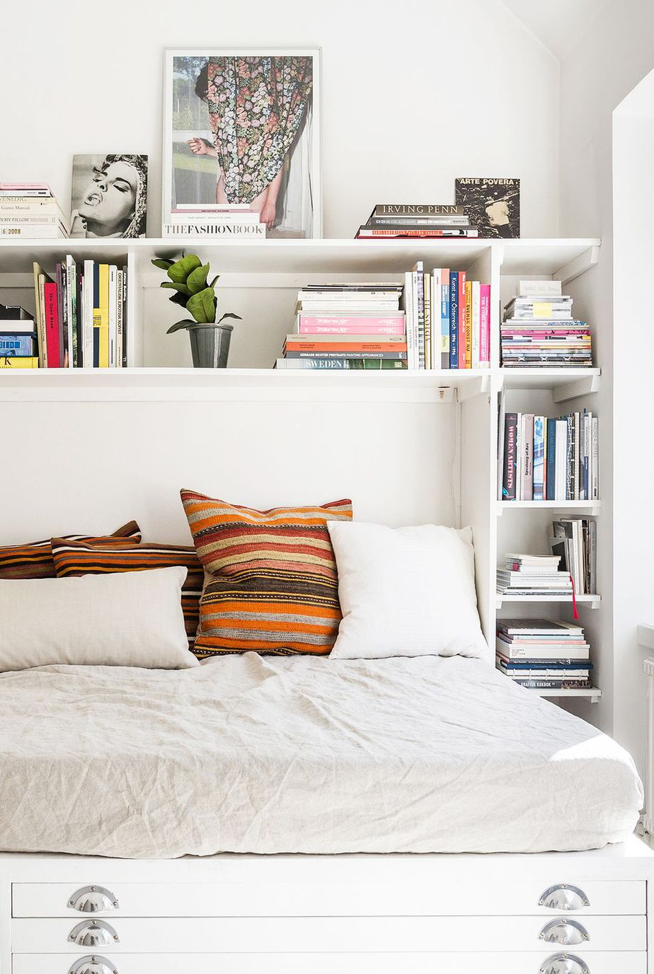 5.Swap the Nightstand for Floating Shelves via Simphome.com