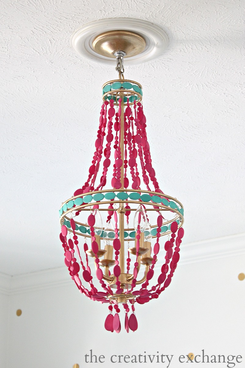 2.DIY PAINTED EMPIRE CHANDELIER PROJECT IDEA Via Simphome.com