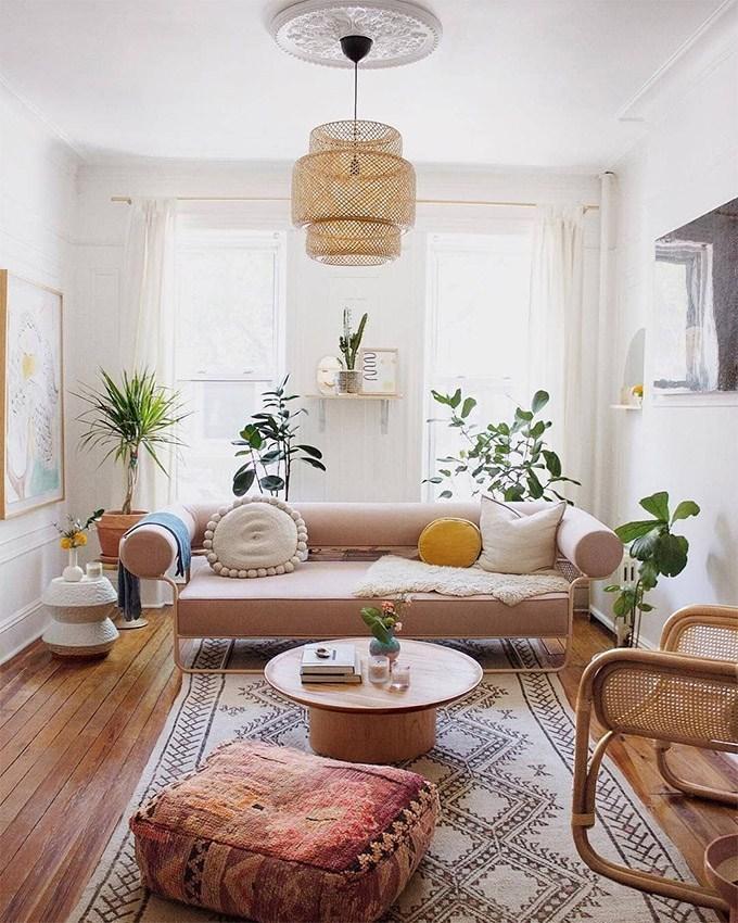 5.Chic Small Boho Living Room via Simphome.com