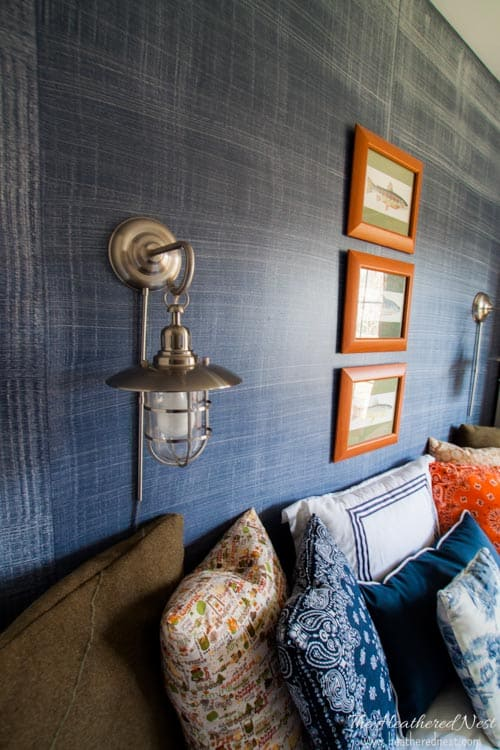 7.denim faux finish for walls GREAT idea to add texture and interest for an upscale look on a budget Looks like grasscloth or real denim jeans via Simphome.com