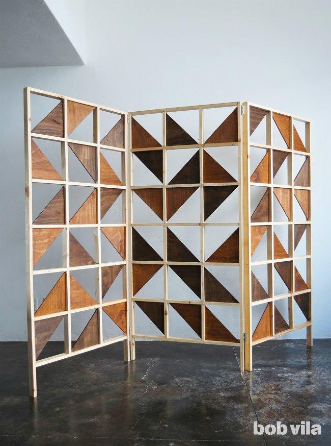 9.Geometric Bedroom Partition Ideas via Simphome.com