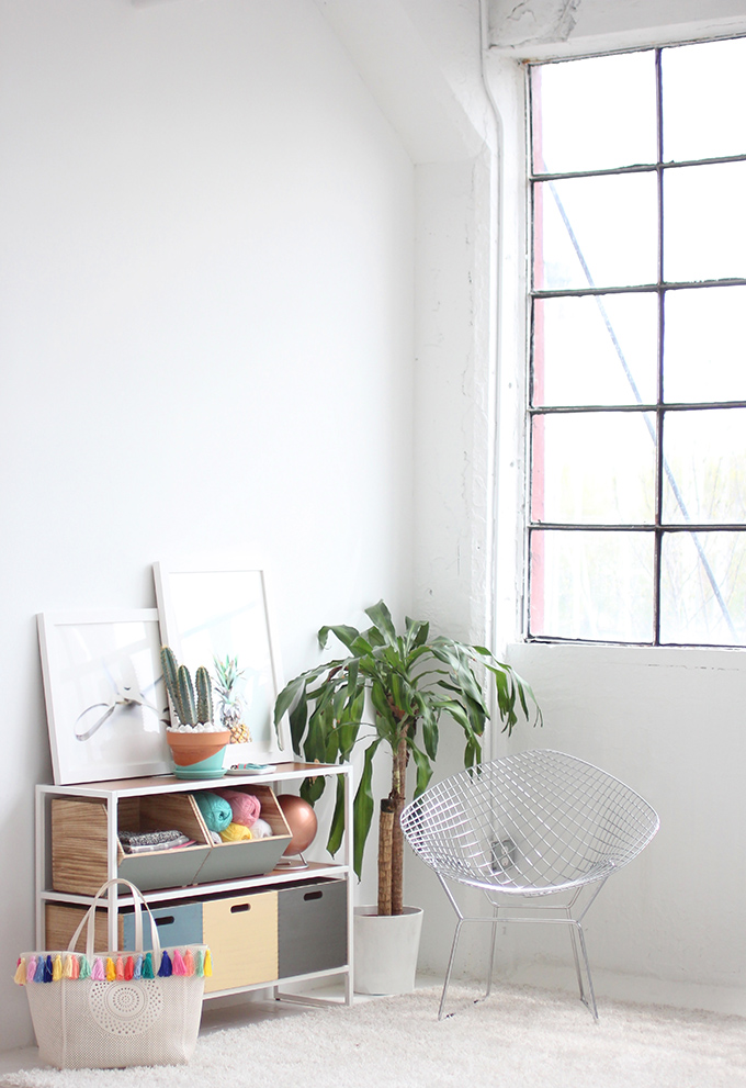 11.Color Block Shelves By Simphome.com