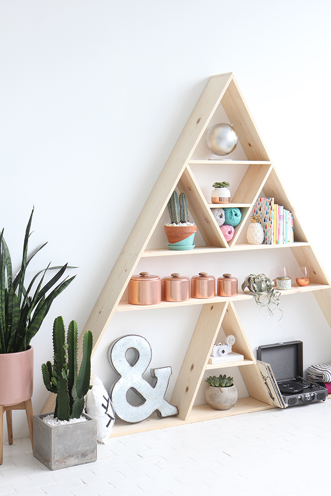 12.Triangle Shelves By Simphome.com