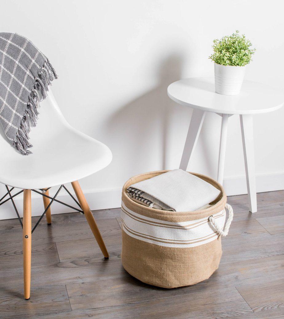 6.Minimalist Laundry Basket By Simphome.com