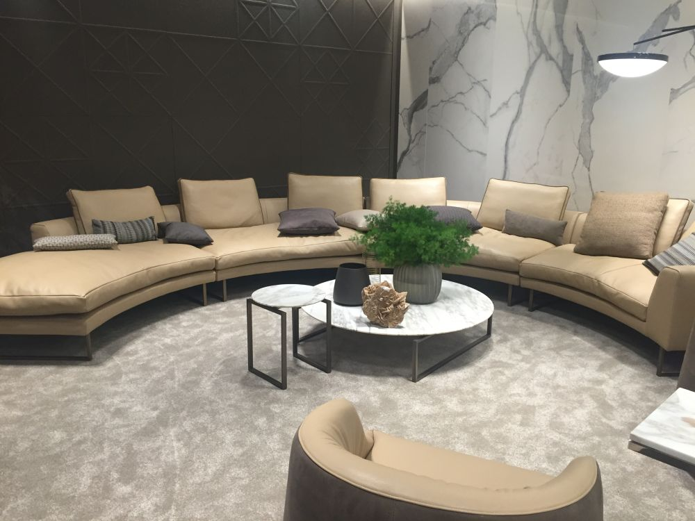 7.Try a Curved Couch via Simphome.com
