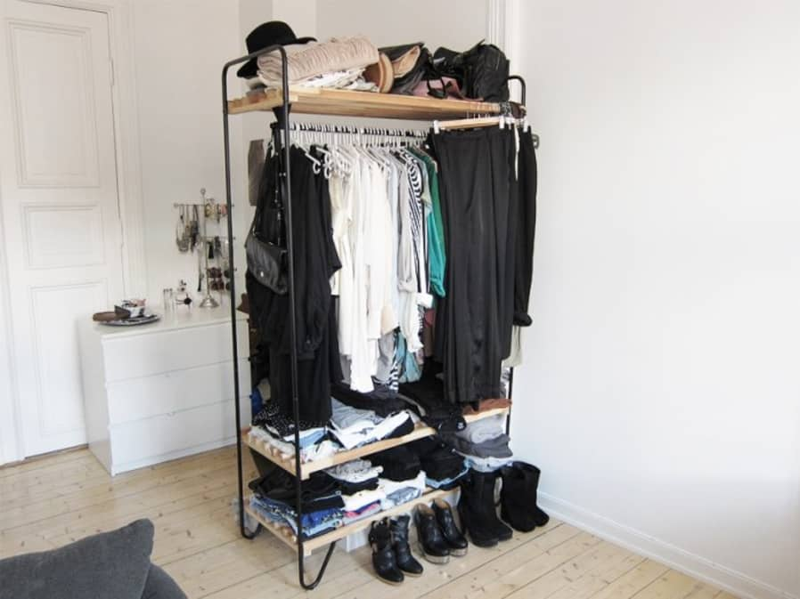 12. A freestanding wardrobe makeover for an awkward corner space by simphome.com
