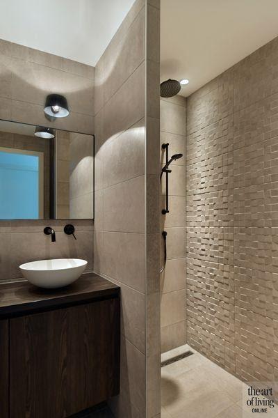 12. Simple Walk in shower Idea by simphome.com
