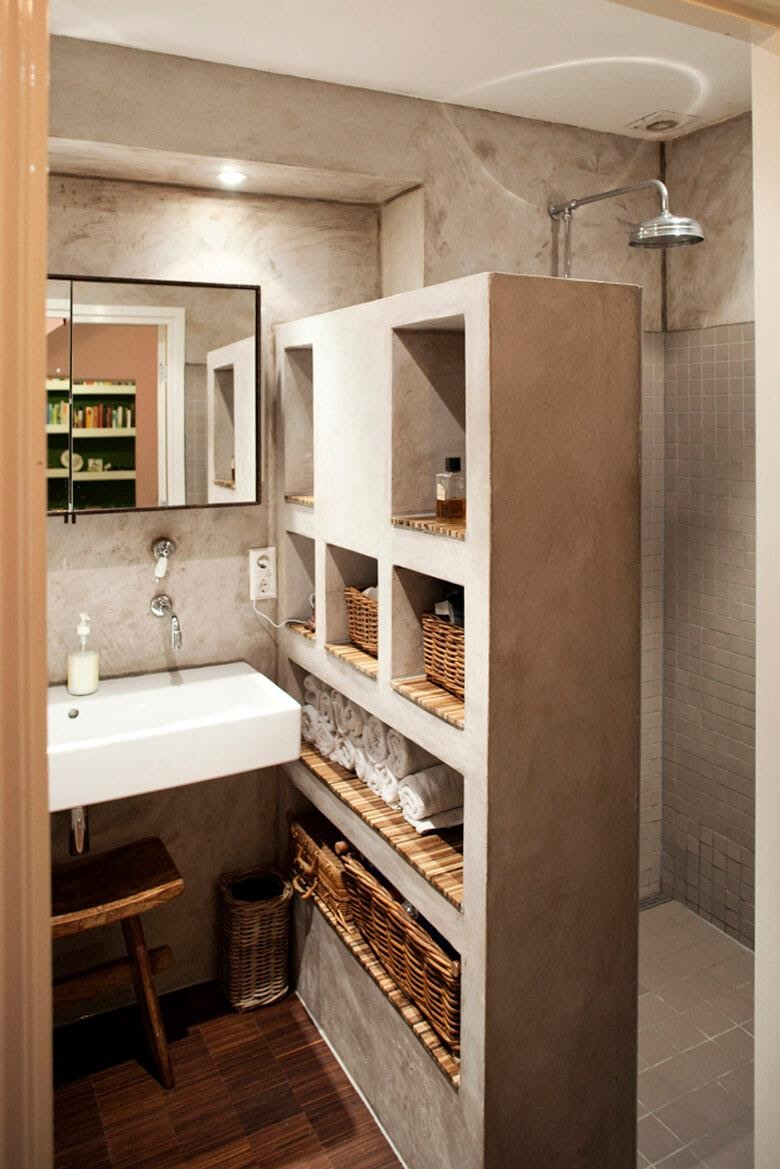 3. Shower Wall with Storage by simphome.com