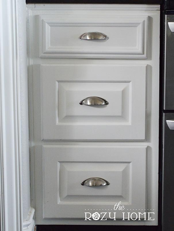 6. Trimmed Cabinet Drawer by simphome.com