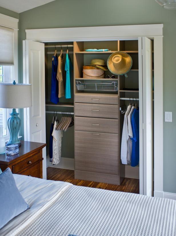 7. A Walk in Closetby simphome.com