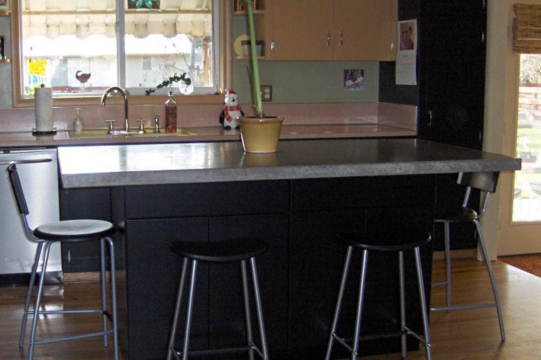 8. Craft new Concrete Countertop by simphome.com