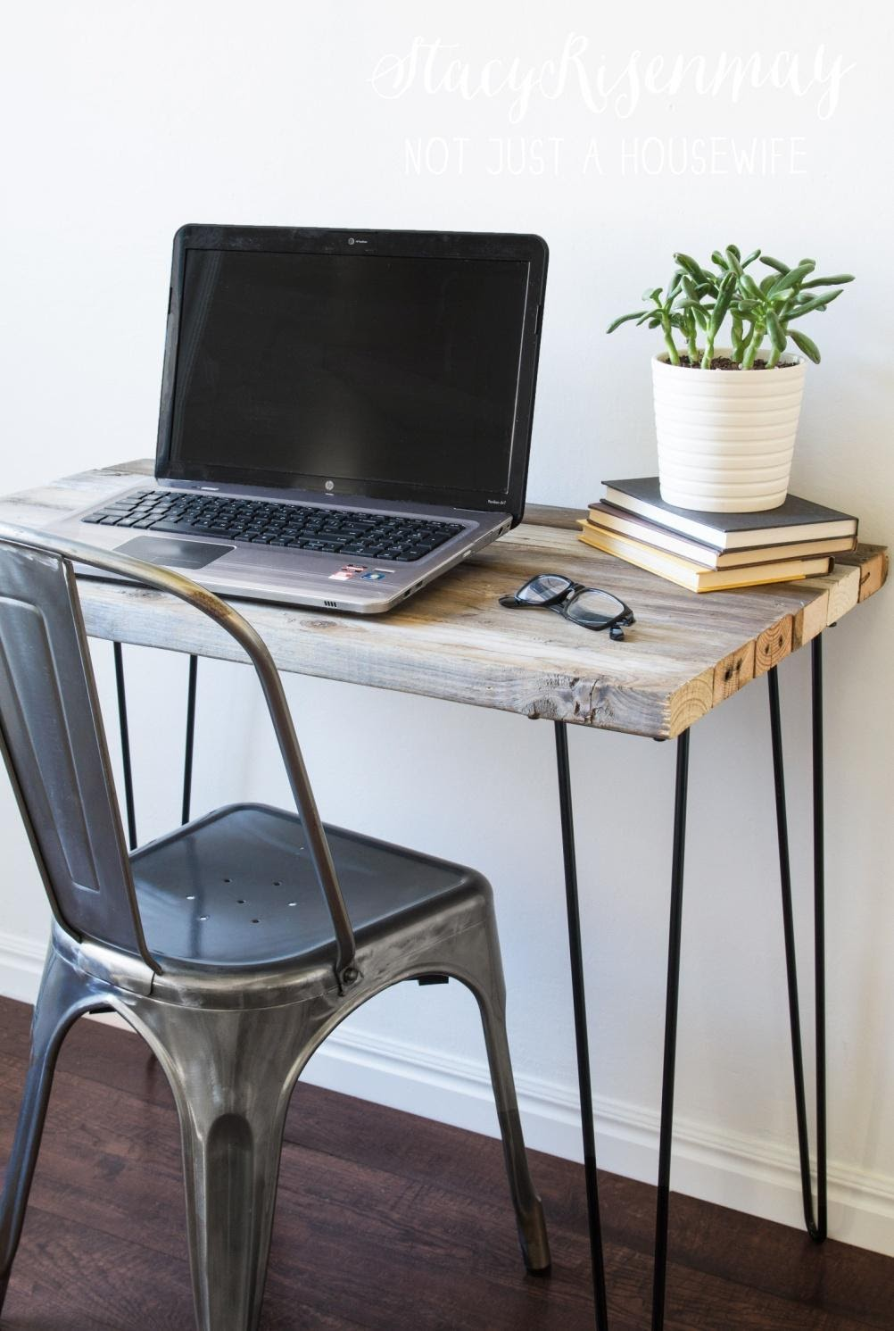 1. DIY Hairpin Table by simphome.com