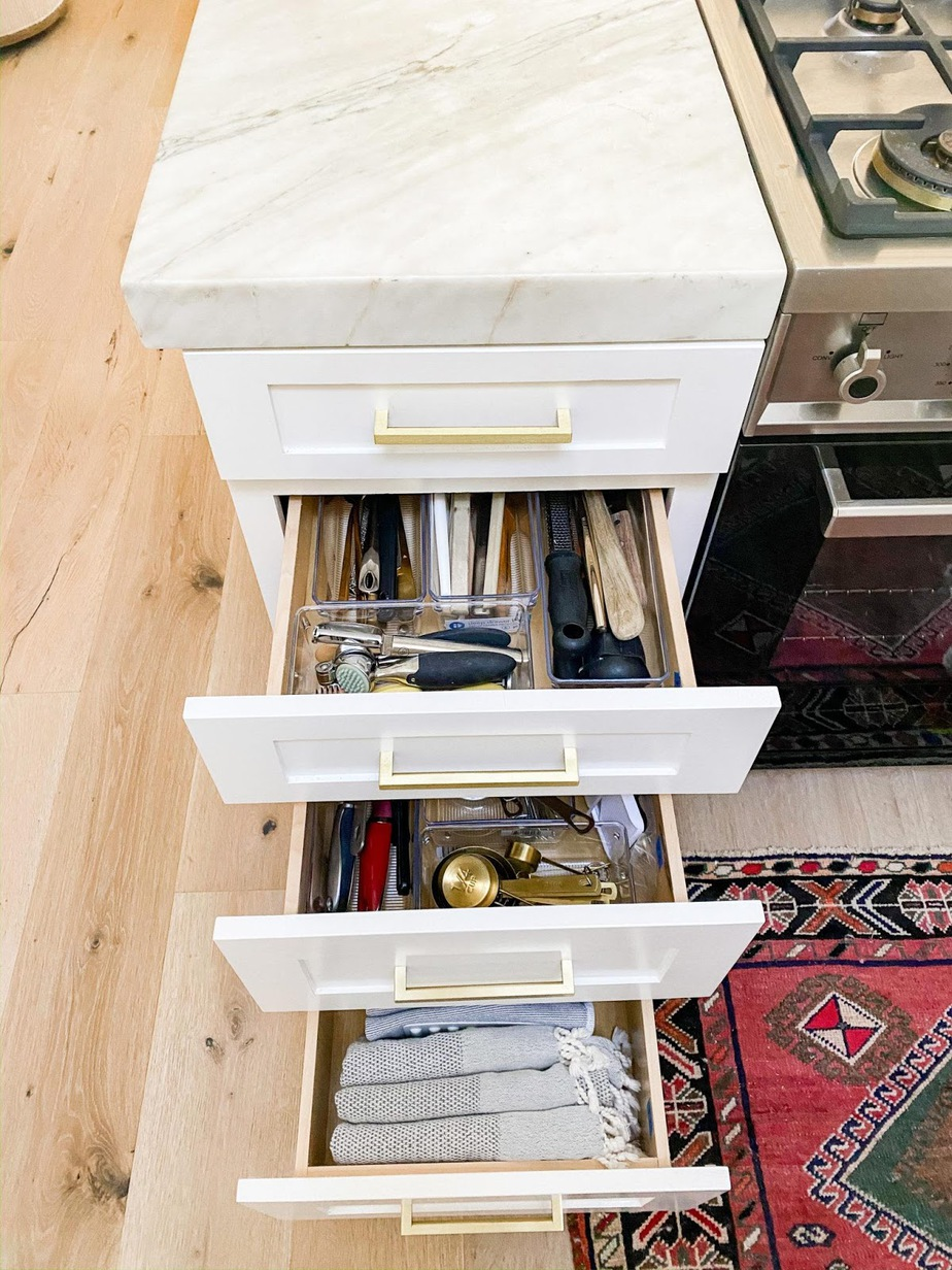 2. Get Drawer Organizers by simpome.com