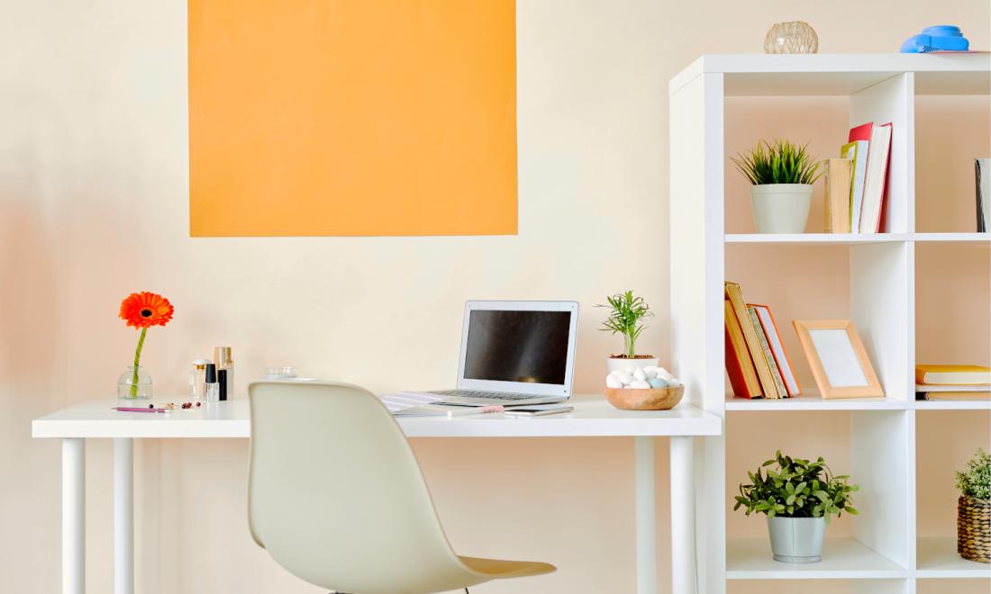 3. DIY Building a Bookshelf by simphome.com