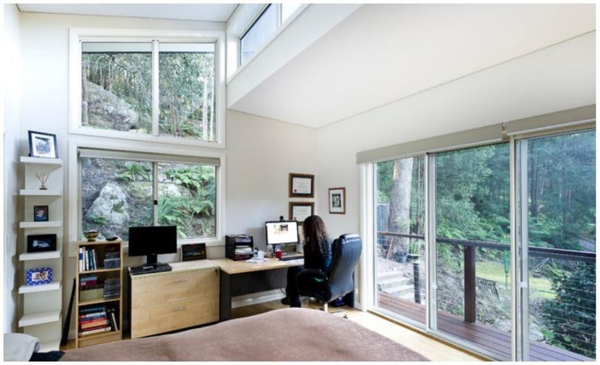 7. Minimalist Office by simphome.com