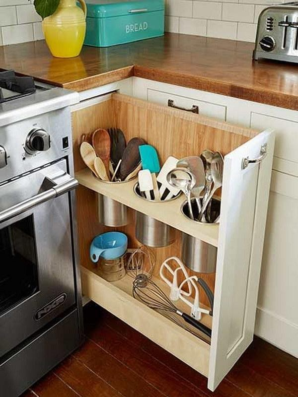 7. Pull Out Drawer Storage by simphome.com