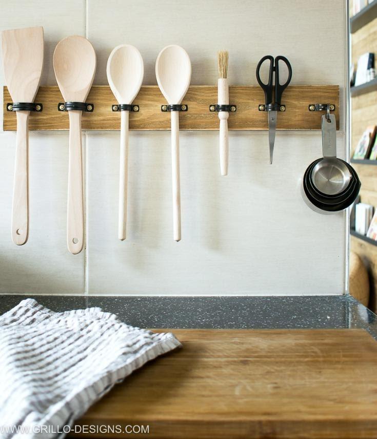 10. DIY Utensil Rack by simphome.com